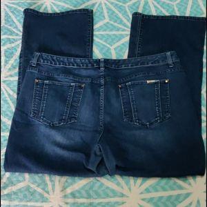 3💰$25 Jennifer Lopez Bootcut Jeans. Size 18WS